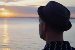 Video Cartado com Lucas Santtana